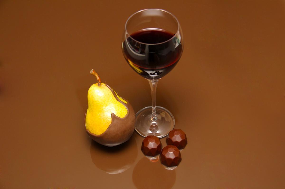 Vinho e Chocolate pode? Claro que sim! Aproveite o clima frio e delicie-se!